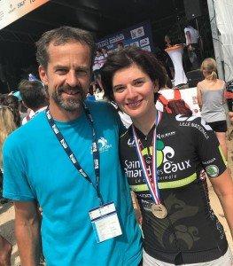 Arnaud VANDEMEULEBROEKE (le coach) et Emmanuelle BELPAIRE